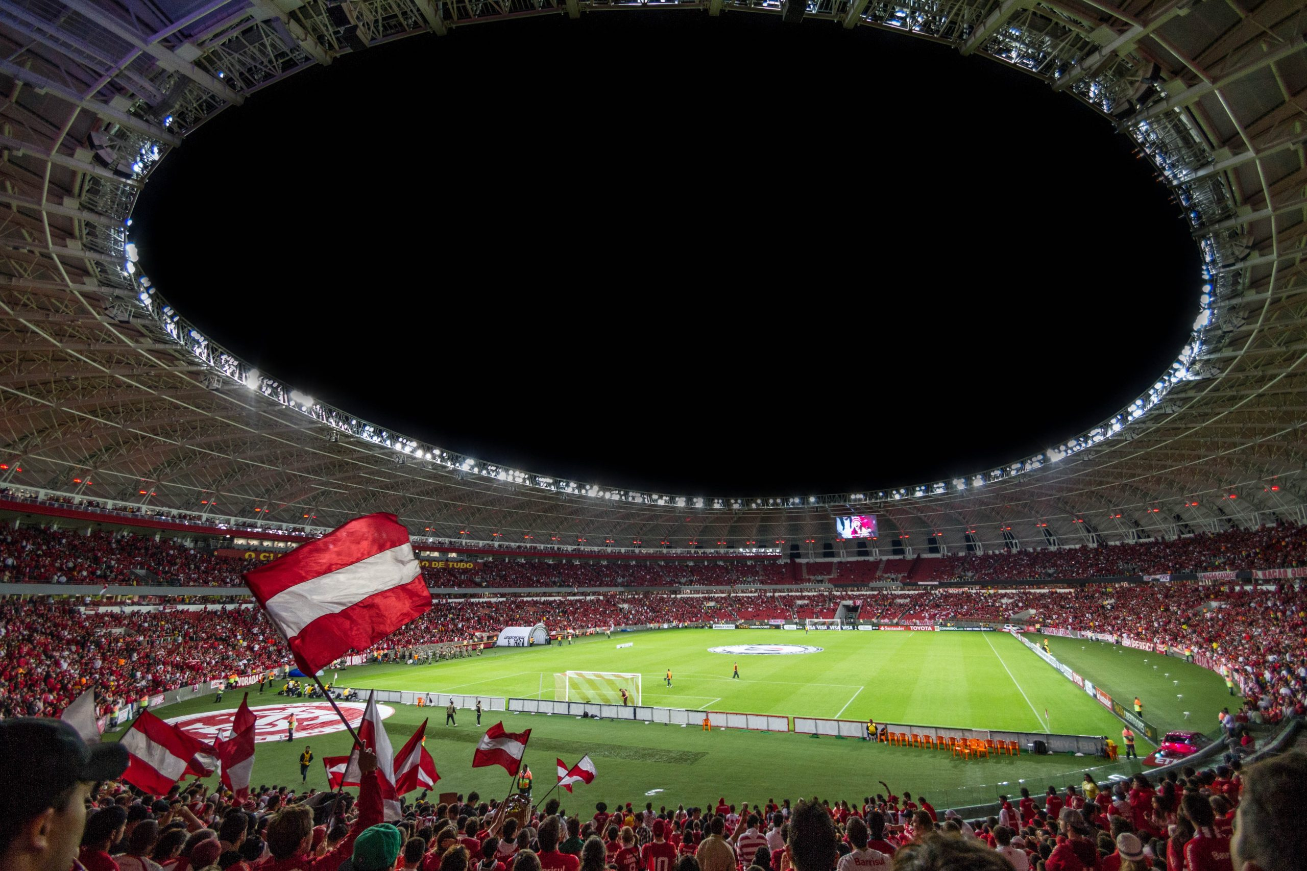Lees meer over het artikel Voetbal en randzaken
